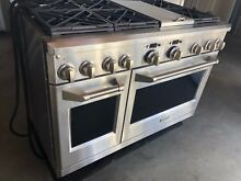 Monogram 48  All Gas Professional Range with 6 Burners and Griddle