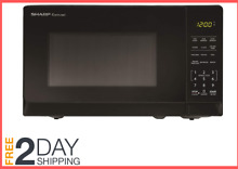 700 Watt Microwave 6 Quick Set Button 0 7 Cu ft Capacity Compact 11 Power Level