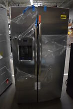 GE GSS25GSHSS 36  Stainless Side By Side Refrigerator NOB  38167 HRT