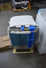 GE GDT655SSJSS 24  Stainless Fully Integrated Dishwasher NOB  38411 HRT