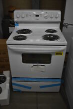 Hotpoint RB526DHWW 30  White Freestanding Electric Range NOB  38342 WLK