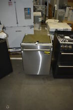 Thermador DWHD640JFP 24  Stainless Fully Integrated Dishwasher NOB  37889 HRT