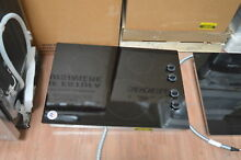 Whirlpool W5CE3024XB 30  Black Electric Smoothtop Cooktop NOB  27887 HL