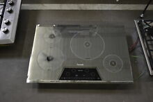 Thermador CIT304KM 30  Sliver Mirrored Induction Cooktop NOB  42075 CLN