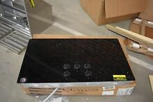 Whirlpool W5CE3625AB 36  Black Smoothtop Electric Cooktop NOB  44731 MAD