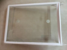 FRIGIDAIRE REFRIGERATOR SPILL SAFE SHELF PART  240355277