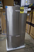 Fisher Paykel E522BRX5 32  Stainless Bottom Freezer Refrigerator NOB  15211 MAD
