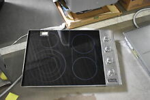 Viking VEC5304BSB 30  Stainless Smoothtop Electric Cooktop NOB  42062 CLN