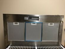 Whirlpool Gold 36 in Convertible Wall Mount Range Hood Stainless GXW7336DXS