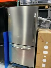 GE Stainless Steel Refrigerator with bottom freezer