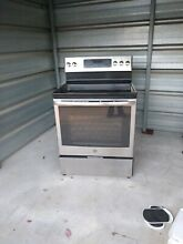 GE Free Standing and Front Control Electric Range 5 3  Silver Self Cleaning oven