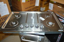 Whirlpool WCG51US6DS 36  Stainless Gas Cooktop 5 Burners NOB  20947