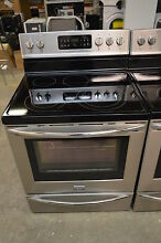 Frigidaire FGEF3035RF 30  Stainless Freestanding Electric Range NOB  9073