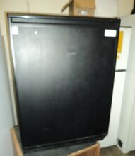 U Line 75RB 6 Cu  Ft  Built In Undercounter Black Refrigerator with Auto Defrost