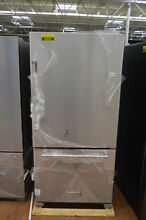 KitchenAid KRBR102ESS 33  Stainless Bottom Freezer Refrigerator NOB  25247 HL
