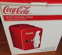 NIB COCA COLA POLAR BEAR RETRO PERSONAL MINI  FRIDGE KEEPS FOOD WARM OR COOL