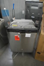 GE GDF510PSJSS 24  Stainless Full Console Dishwasher NOB  25950 HL