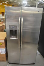 GE GSS25GSHSS 36  Stainless Side by Side Refrigerator NOB  25466 CLN