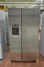 GE GSS25GSHSS 36  Stainless Side by Side Refrigerator NOB  25428 HL