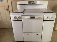 Vintage Gas Tappan Deluxe Stove And Oven Combo  working