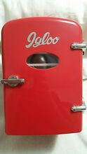 IGLOO RETRO 6 CAN MINI FRIDGE  4L