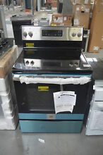 GE JB645RKSS 30  Stainless Freestanding Electric Range NOB  28058 CLW