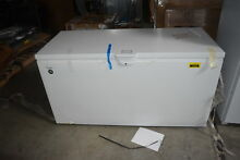 Whirlpool WZC3122DW White 21 7 cu  ft  Chest Freezer NOB  30406 CLW