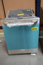 GE ZDT915SPJSS 24  Stainless Fully Integrated Dishwasher NOB  30993 HRT