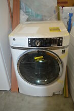 GE GFW480SSKWW 28  White Front Load Washer NOB  32531 HRT