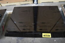 Whirlpool G9CE3065XB 30  Black Electric Cooktop NOB  33336 HRT