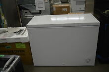 Frigidaire FFFC09M1RW 44  8 7 cu  ft  White Chest Freezer NOB  33885 HRT