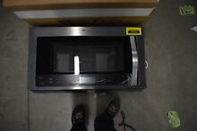 Whirlpool WMH76719CZ 30  Stainless Over The Range Microwave NOB  34377 HRT