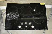 GE Cafe CP9530SJSS 30  Black 5 Element Electric Cooktop NOB  36868 HRT