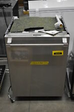 Thermador DWHD860RFP 24  Stainless Fully Integrated Dishwasher NOB  36845 HRT