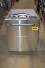 Samsung DW80M9960US 24  Stainless Fully Integrated NOB  37072 HRT