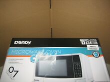 Danby 0 7 Cu  Ft  700W Countertop Microwave Oven in White