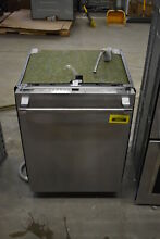 Thermador DWHD640JFP 24  Stainless Fully Integrated Dishwasher  39421 CLW