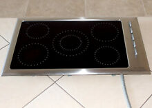 FISHER   PAYKEL 36  MODEL CE901 ELECTRIC COOKTOP BLACK WITH STAINLESS TRIM