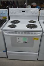 Hotpoint RB720DHWW 30  White Freestanding Electric Range NOB  38354 CLN
