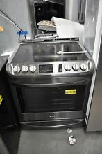 LG LSE4613BD 30  Black Stainless Electric Range NOB  44582 HRT