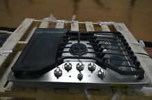 GE PGP959SETSS 30  Stainless 5 Sealed Burner Gas Cooktop w Griddle  24826 CLN