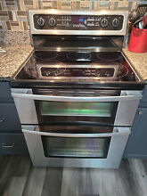 Whirlpool 30  Double Oven and  5 Burner Electric Range