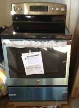 GE    JB650SFSS   30  Self Cleaning Electric Range   Stainless Steel    650  Sc