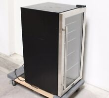 WHYT BR125SD Whynter Beverage Refrigerator  Stainless Steel Pickup ONLY  L3