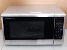 Sharp Carousel 1 4 Cu 1000W Countertop Microwave Oven SMC1442CS PICKUP ONLY Q34