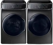 Samsung FlexWash Side by Side Washer   Dryer    WV60M9900AV and  DVE60M9900V