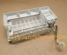 New  Whirlpool OEM Refrigerator Ice maker Assembly W10719418