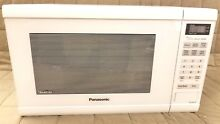 Panasonic NN SN651W White 1200W 1 2 Cu  Ft  Countertop Microwave Oven w Inverter