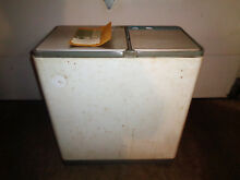 Vintage 1974 Hoover Electric Washing Machine 510 Mini Home RV Apt   Untested USA