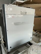 24  Thermador Panel Ready Diswasher Model  DWHD650WPR